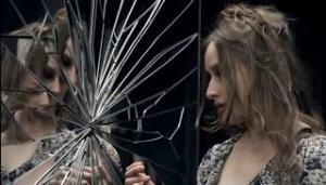 ophelia broken mirror