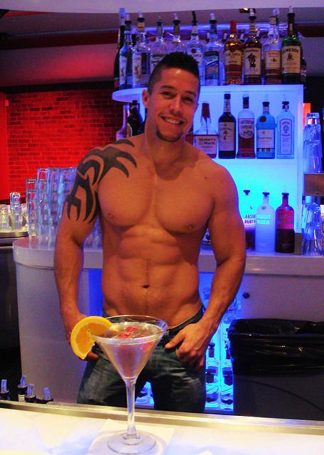 bartendersexy.jpg