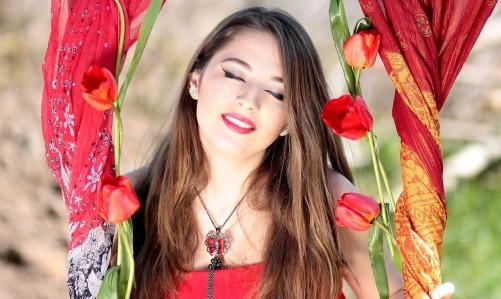 girl-1308313_1280.jpg