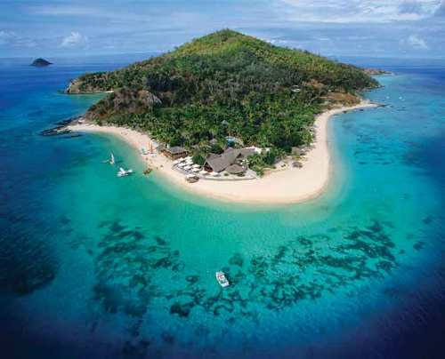 Castaway-Island-Fiji-Resort-and-Beach-.jpg